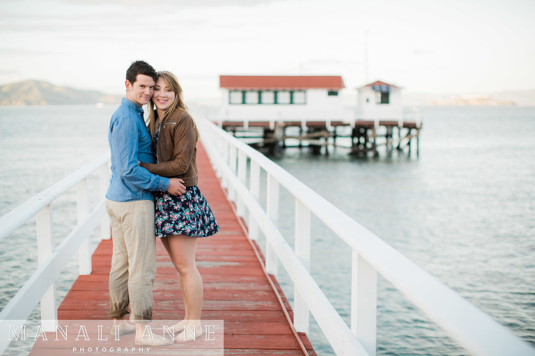 Crissy Field,Golden Gate Bridge,San Francisco,beach,engagement session,proposal location san francisco,